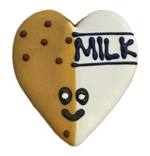 Milk & Cookies Heart - 20 Ct Case BKY:EVD:00399